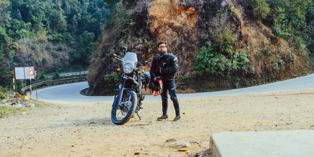 Riding alone in Nepal